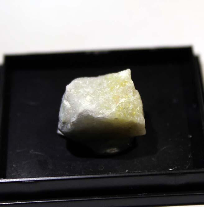 Ambrinoite