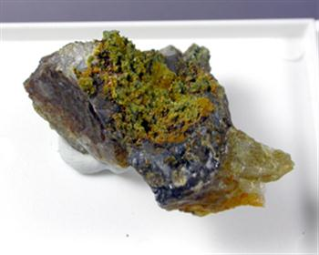 Cyrilovite Mitridatite Leucophosphite
