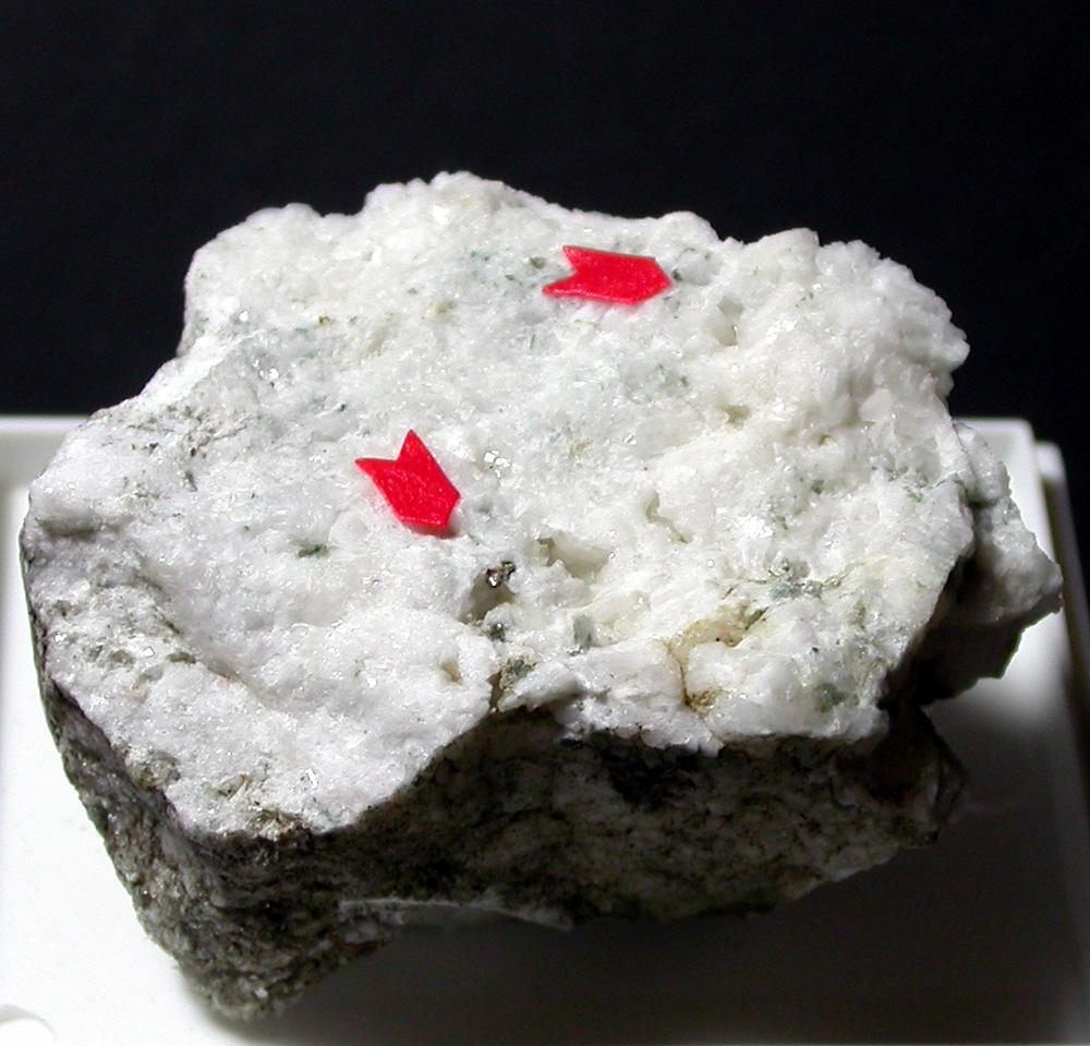 Fersmite & Allanite-(Ce)
