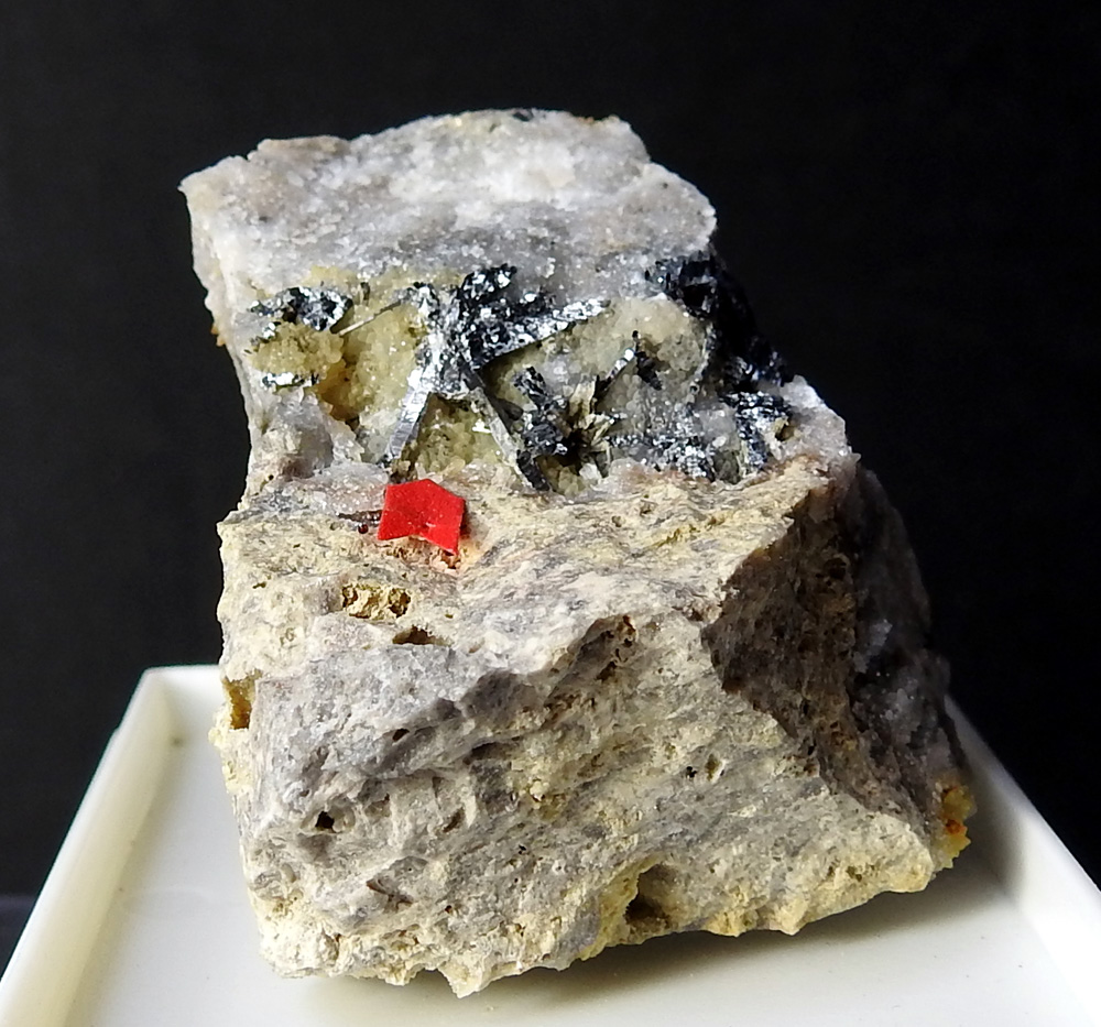 Klebelsbergite Coquimbite & Stibnite
