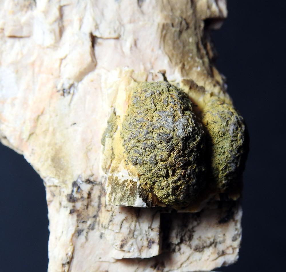 Roscherite & Microcline