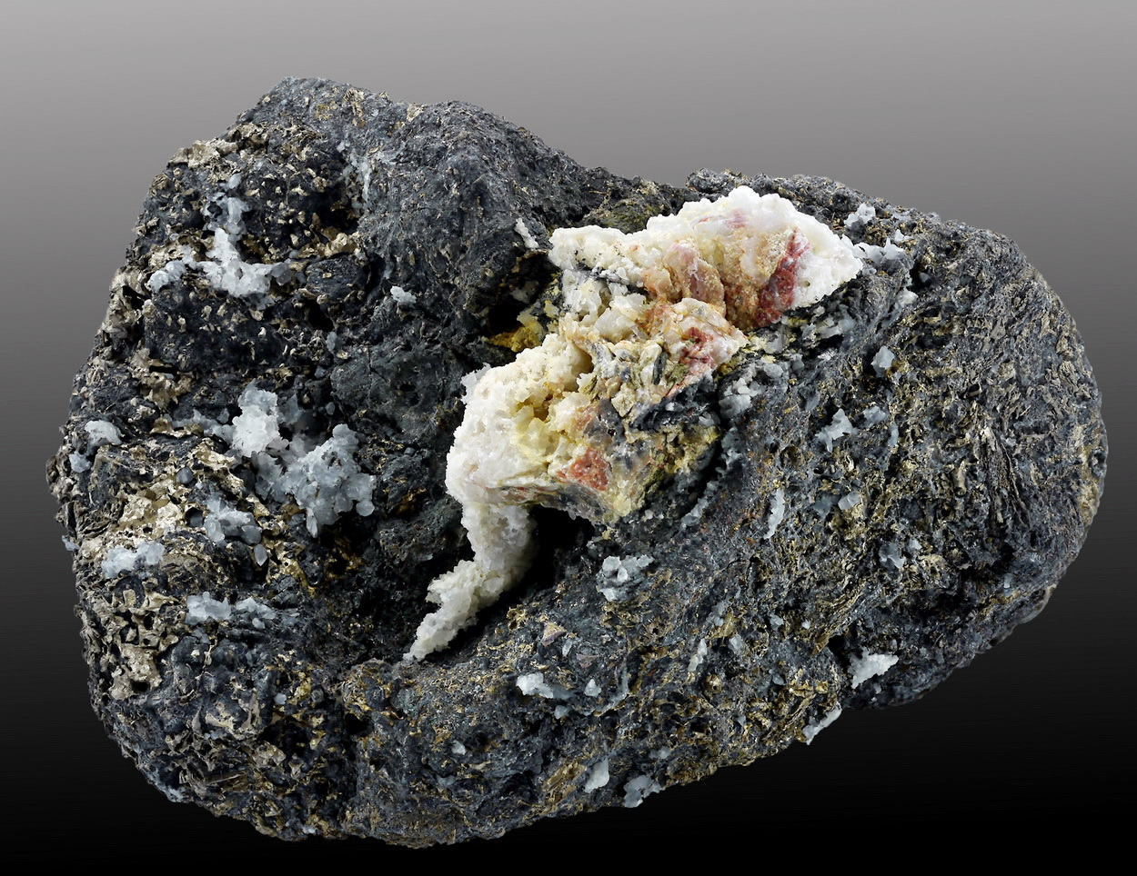 Native Bismuth & Löllingite