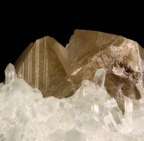 Fluorite Quartz & Scheelite