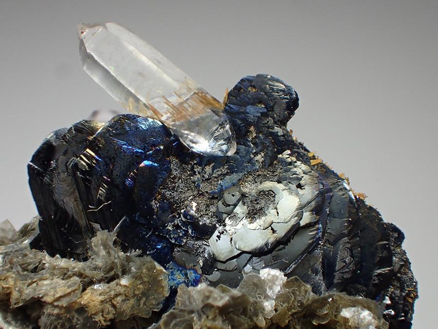 Hematite Rutile Muscovite & Quartz