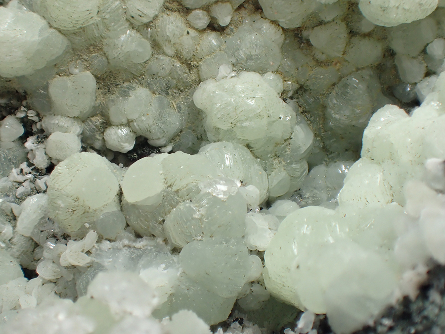 Prehnite Julgoldite & Calcite