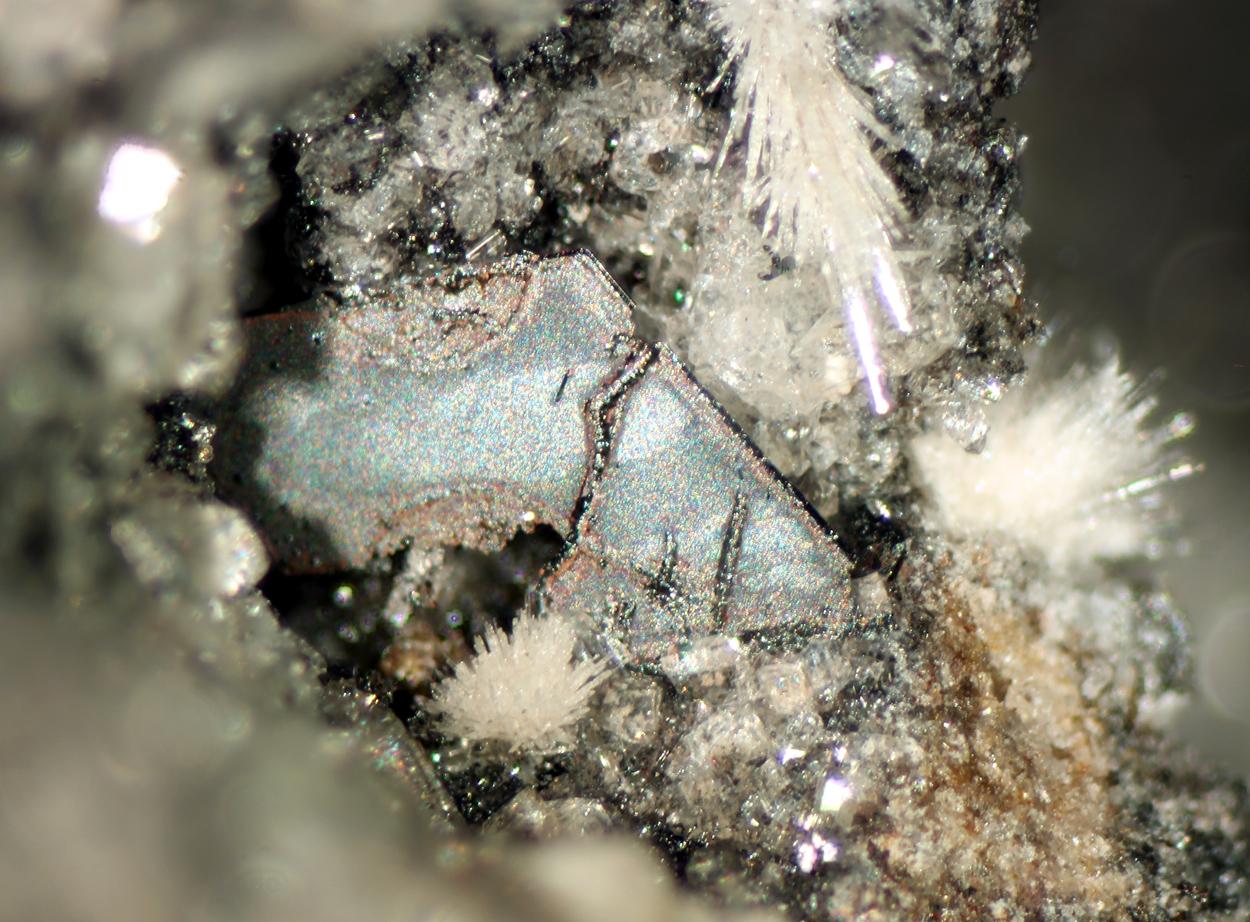 Hematite & Topaz