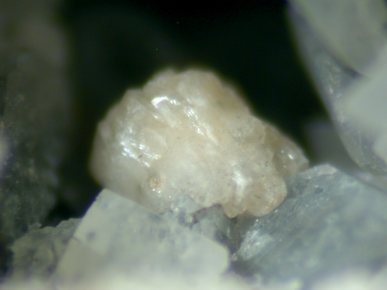 Alicewilsonite-(YCe)