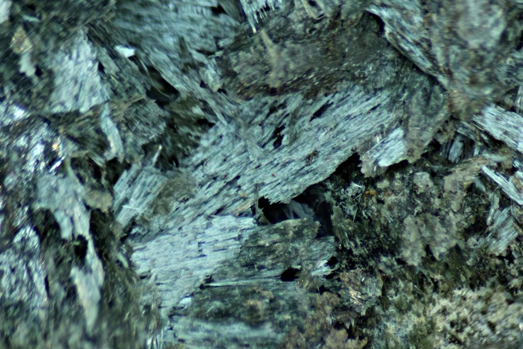 Actinolite & Löllingite