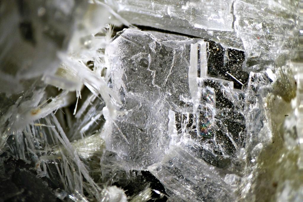 Pectolite Vesuvianite Fluorapophyllite & Fluorite