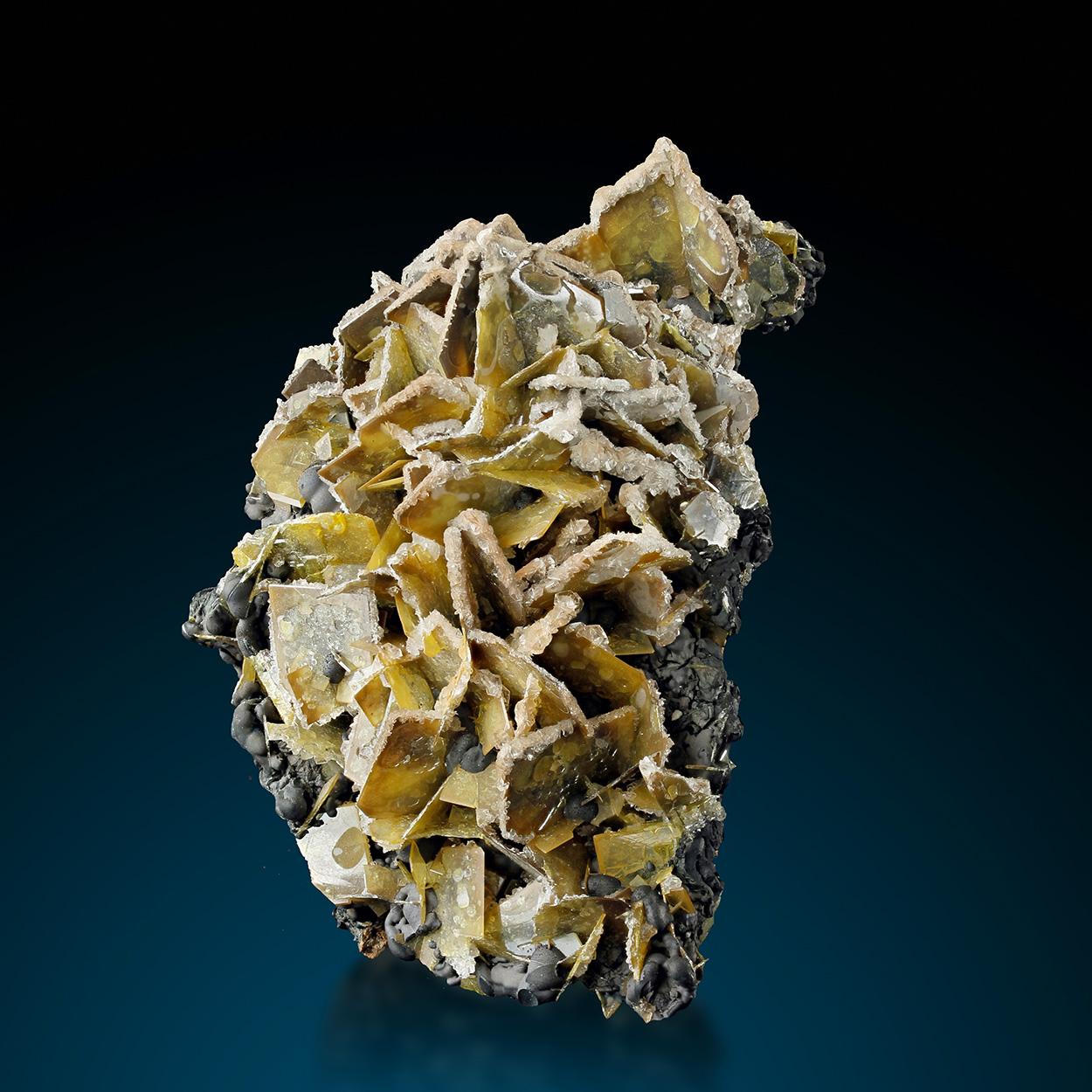 Wulfenite Baryte & Psilomelane