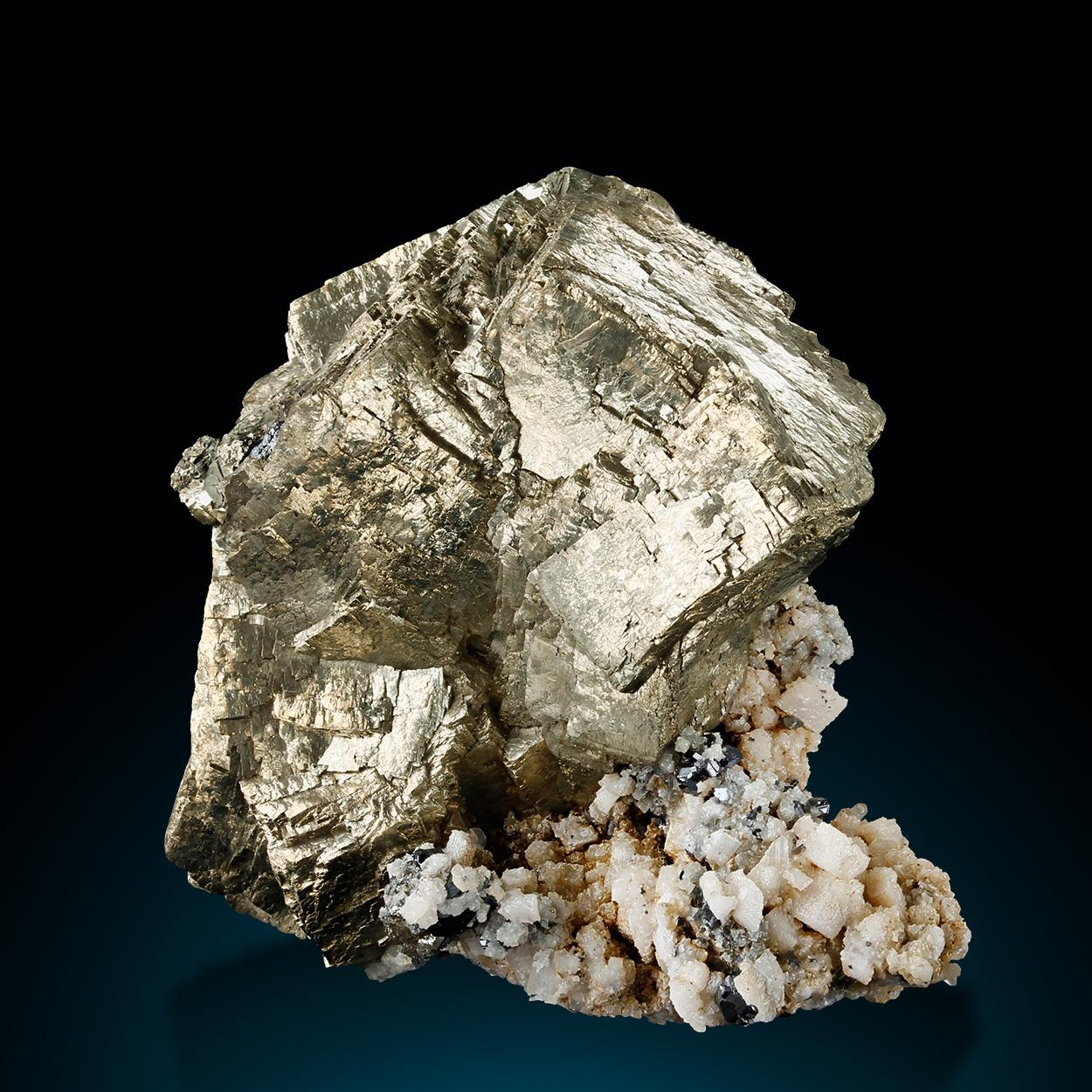 Pyrite Sphalerite & Calcite