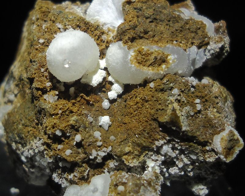 Analcime With Gonnardite & Tacharanite