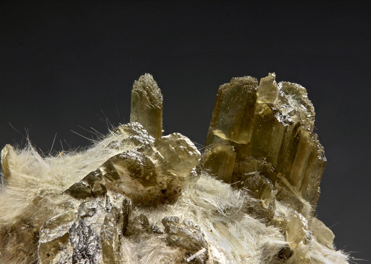 Clinozoisite & Amphibole