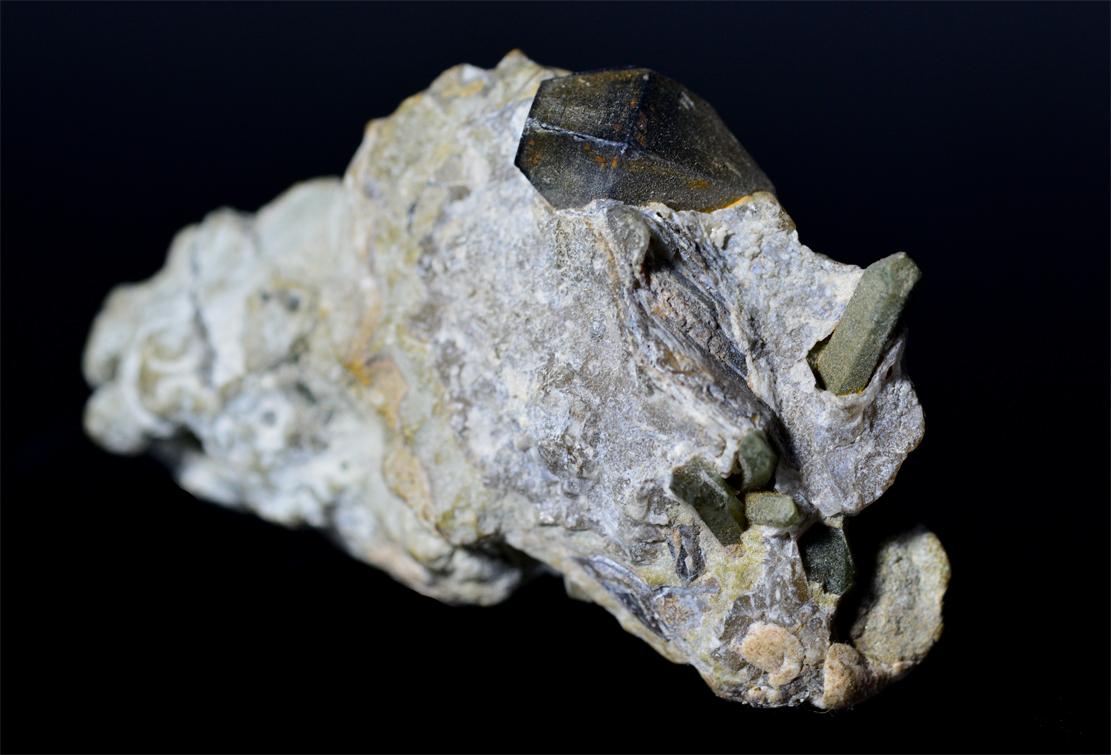 Anatase With Chlorite Quartz