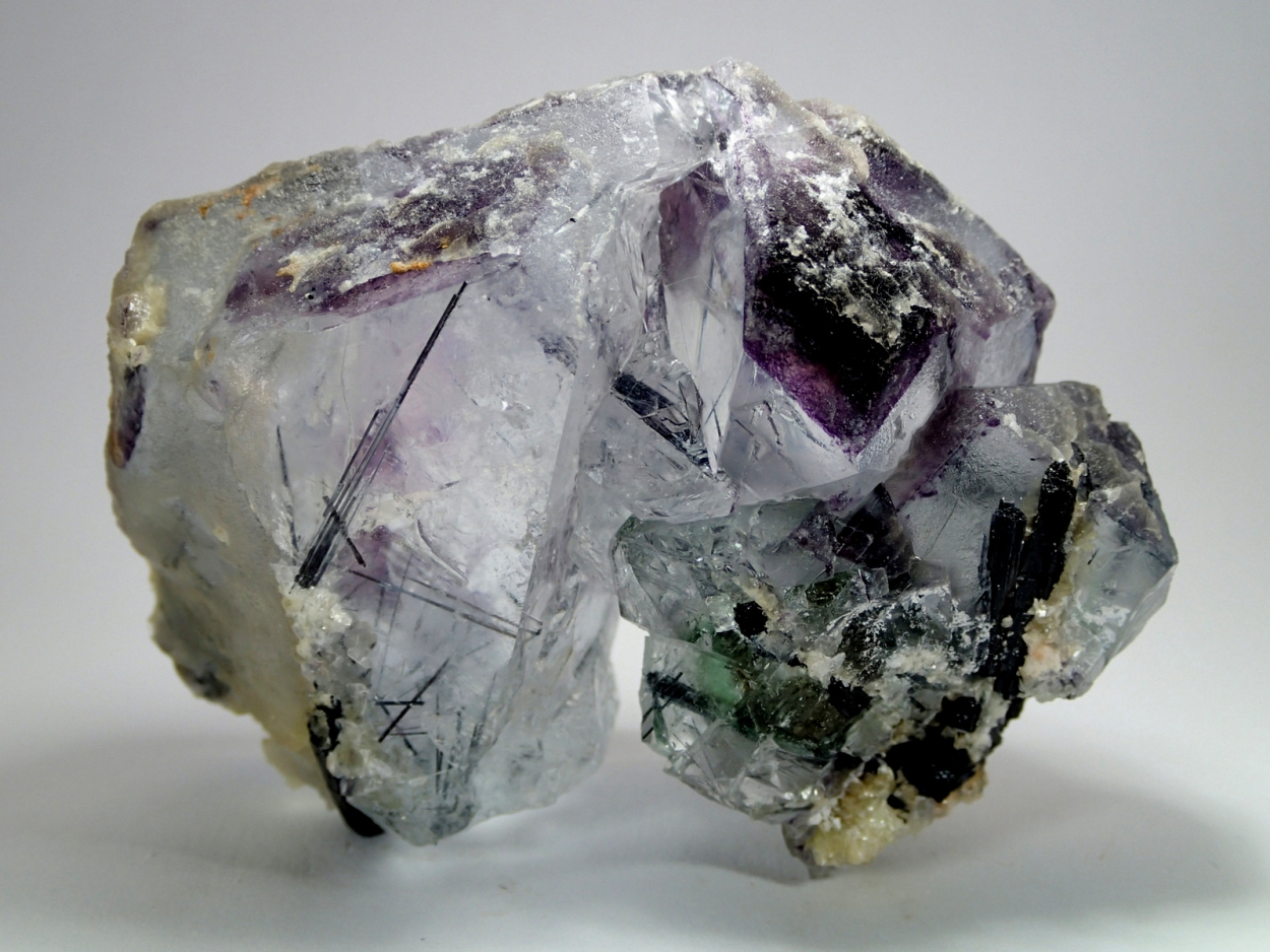 Schorl Inclusions In Spinel Law Fluorite