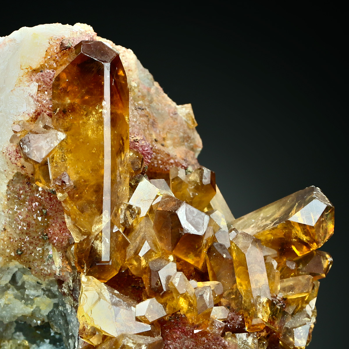 Baryte On Chalcedony With Quartz