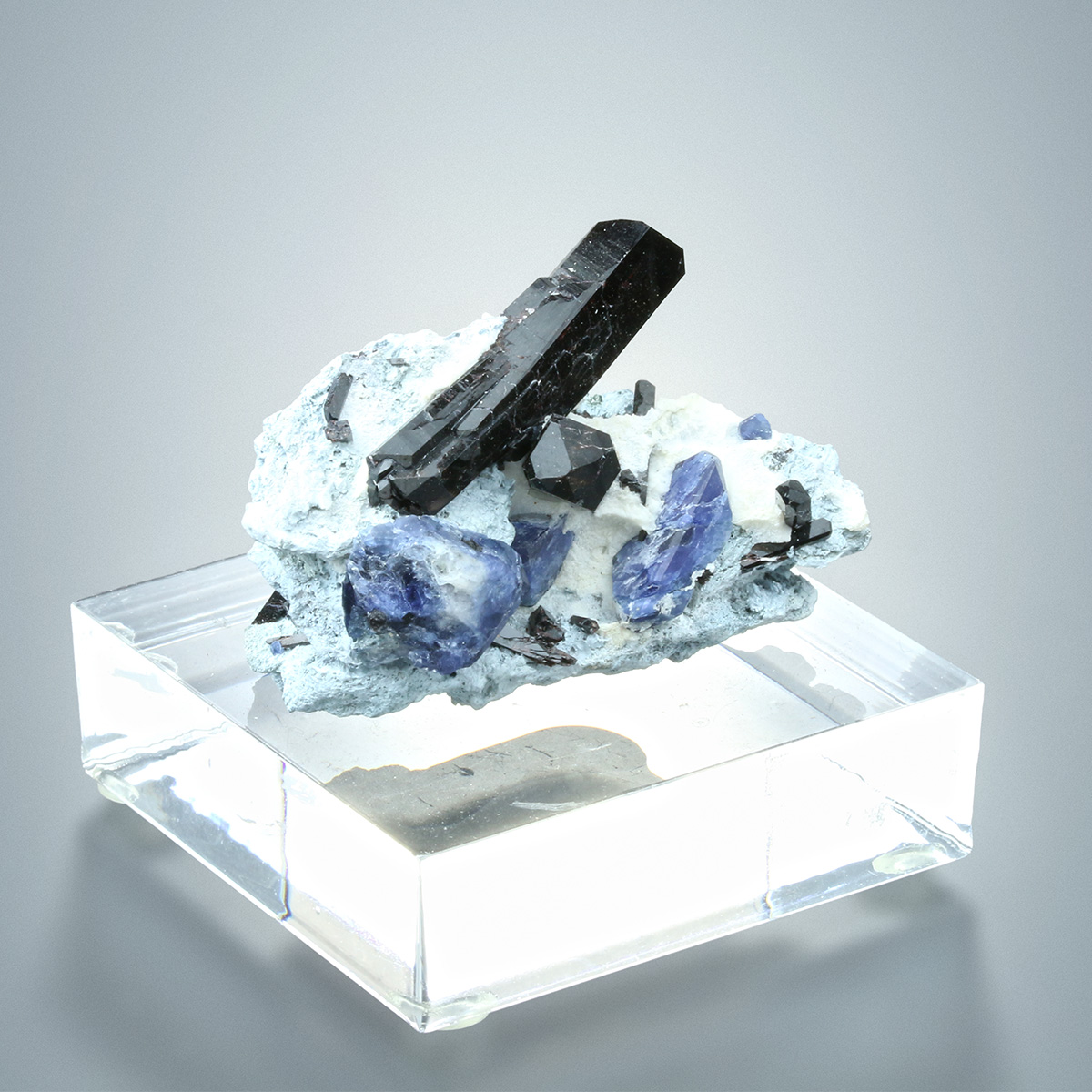 Benitoite With Neptunite