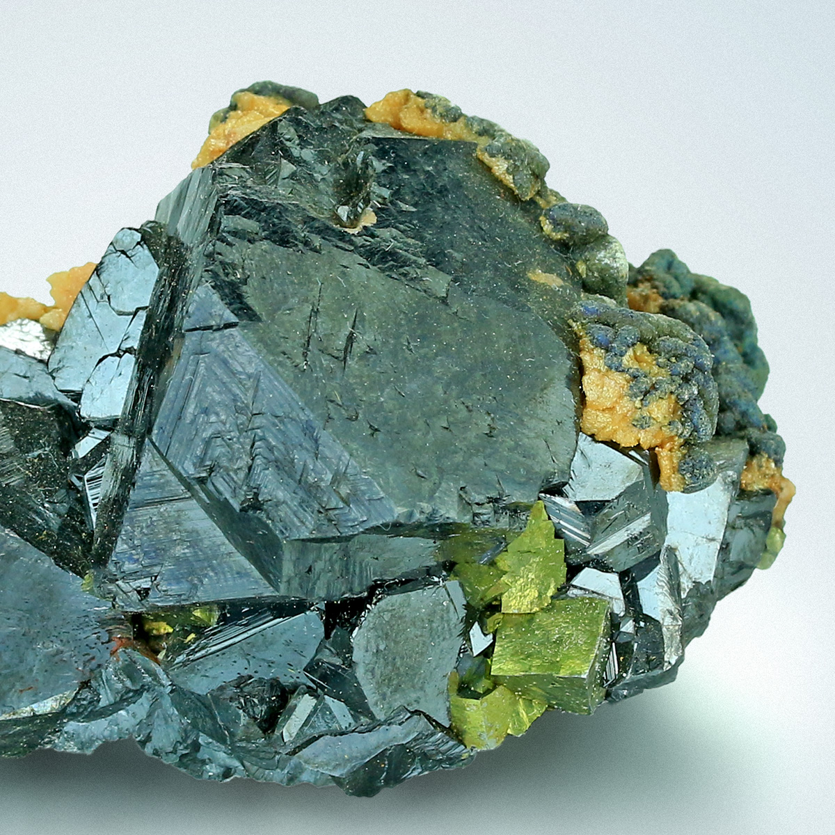 Sphalerite With Arsenopyrite Siderite & Pyrite