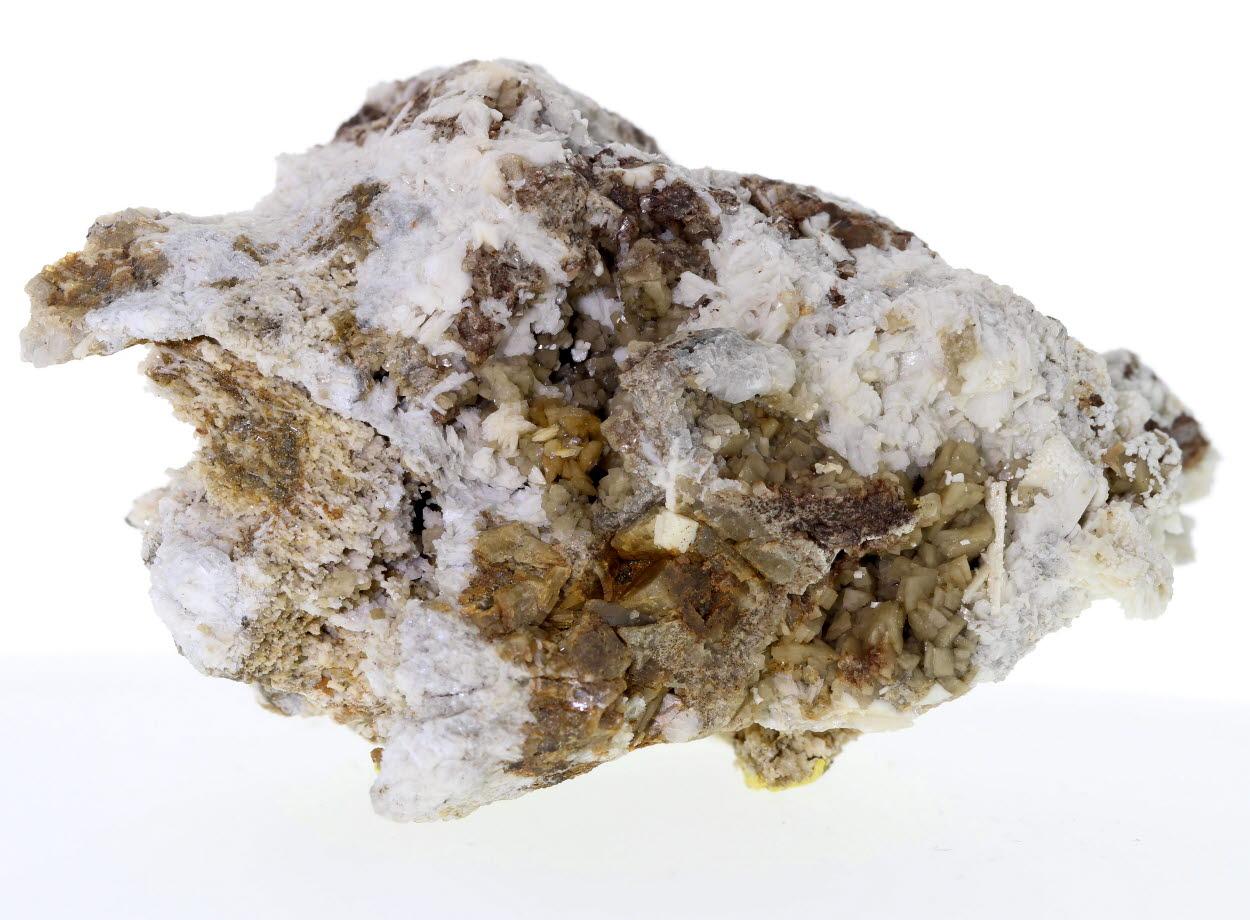 Tetranatrolite & Siderite