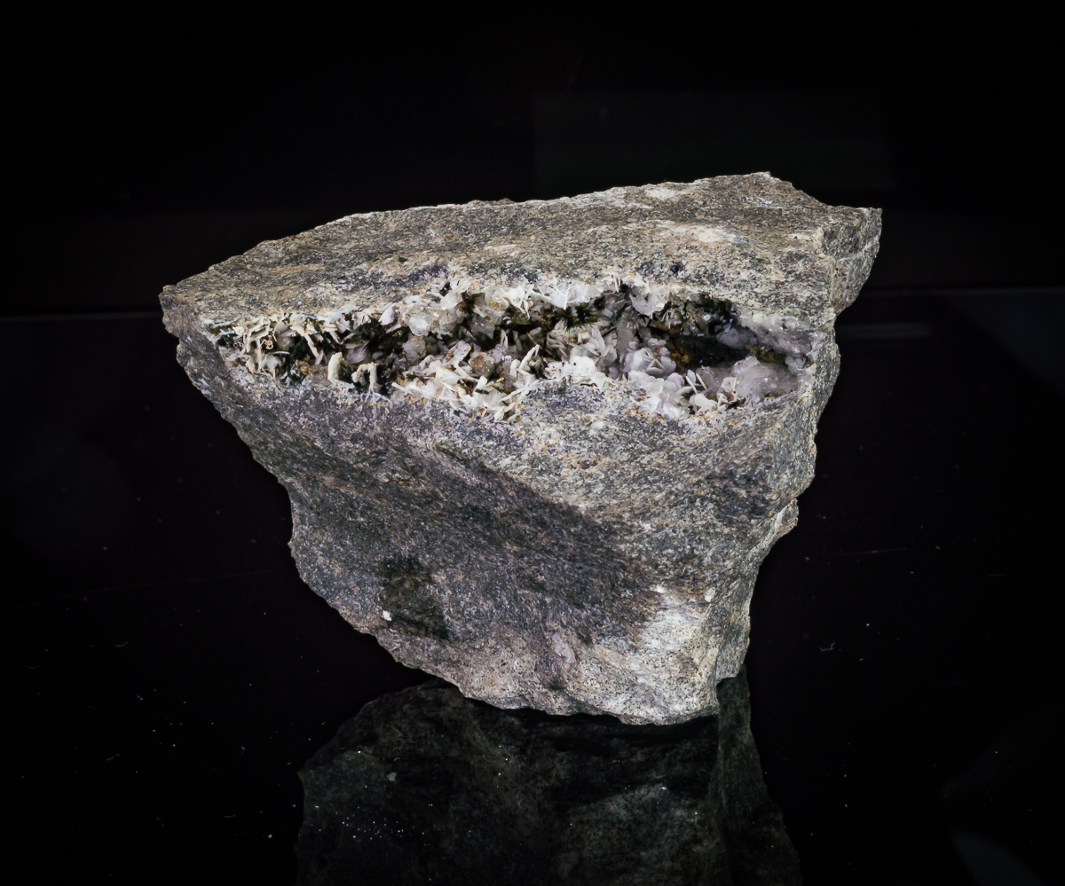 Microcline Aegirine & Natrolite