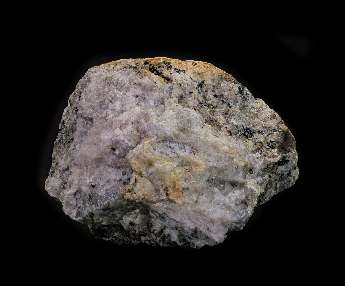 Tugtupite Chkalovite Analcime & Natrolite