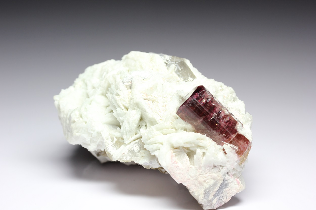 Tourmaline On Cleavelandite