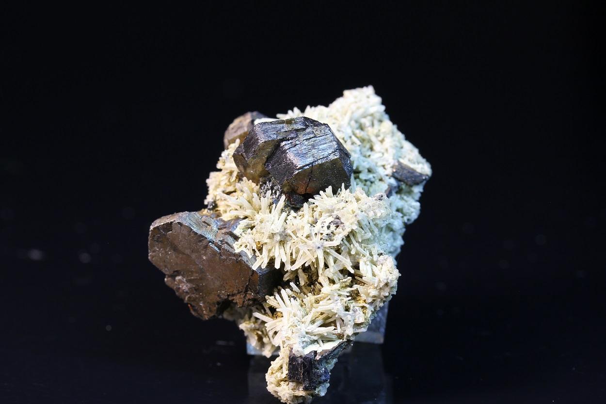 Fluorite With Pyrrhotite