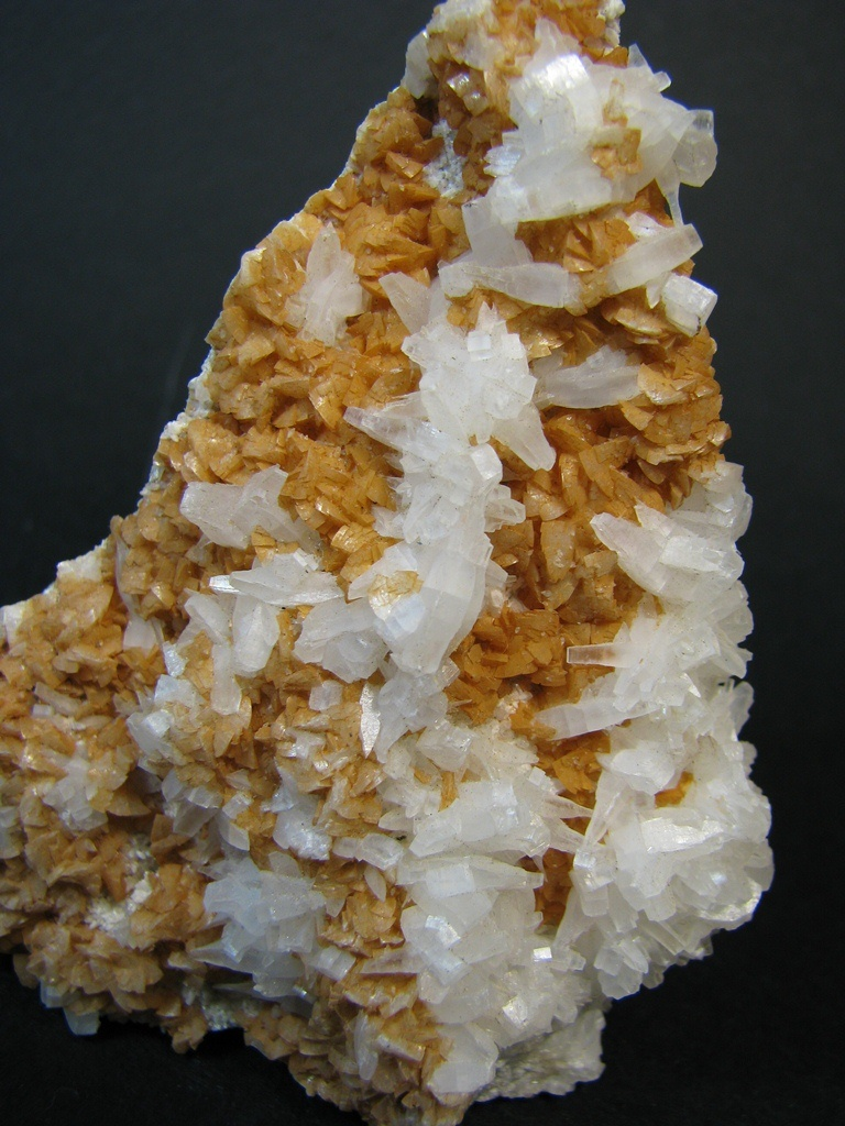 Anhydrite & Ankerite