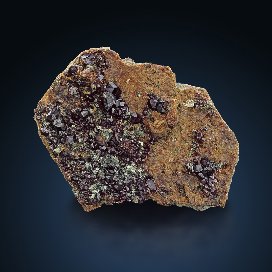 Hessonite & Clinochlore