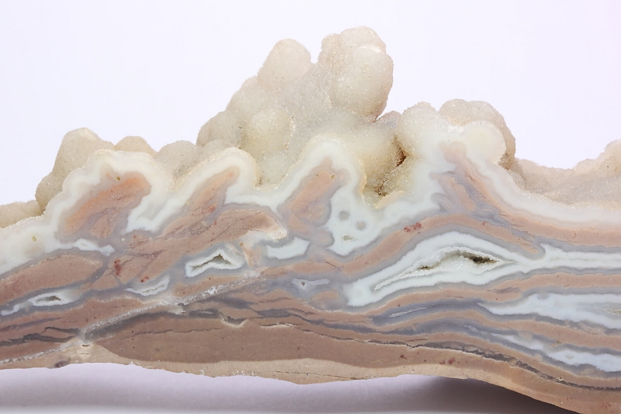 Agate Var Youngite