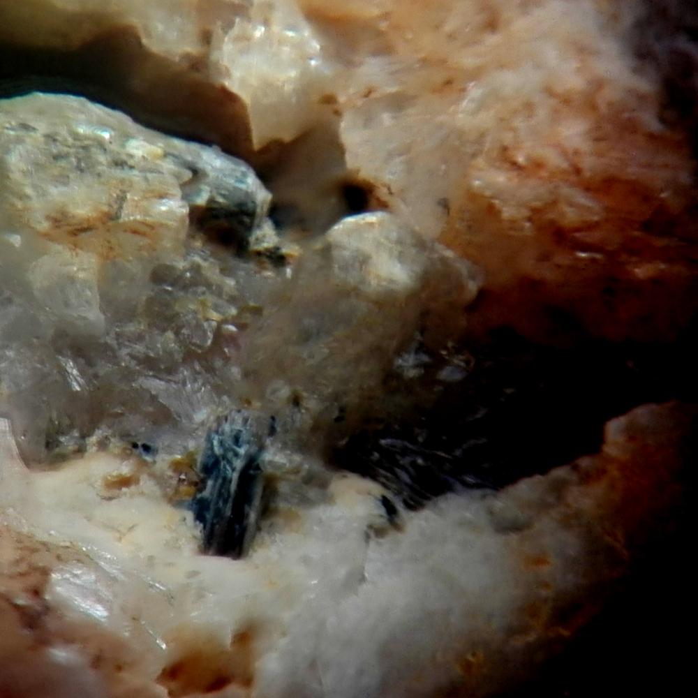Manandonite & Hydrokenopyrochlore