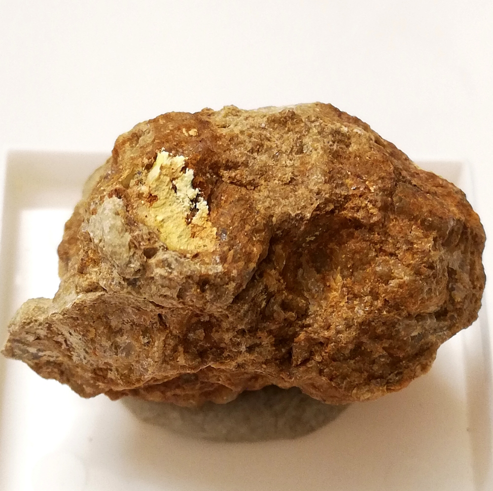 Threadgoldite