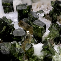 Diopside Zoisite & Pericline