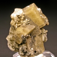 Siderite Albite Pyrite & Rutile