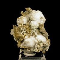 Analcime Sabinaite & Synchysite-(Ce)