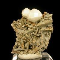 Analcime Calcioancylite-(Ce) & Microcline