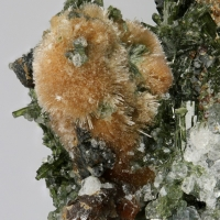 Bultfonteinite & Apophyllite On Diopside