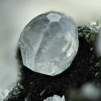 Calcite & Pumpellyite