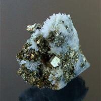 Pyrite Chalcopyrite & Quartz