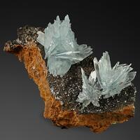 Baryte Limonite & Calcite
