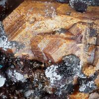 Kryzhanovskite Fluorapatite & Robertsite