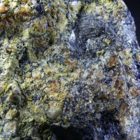 Ferritungstite Scheelite Mpororoite Scorodite & Native Bismuth On Ferberite