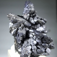 Galena Var Spinel Law Twin
