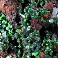 Conichalcite Olivenite & Calcite On Limonite