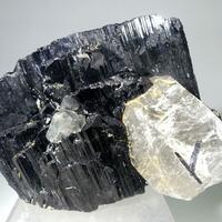 Ferberite With Fluorite & Quartz