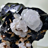 Sphalerite With Calcite & Dolomite