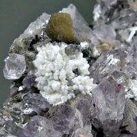 Heulandite Laumontite Stellerite & Amethyst