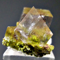 Arsentsumebite & Calcite