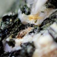 Nabalamprophyllite