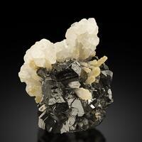 Sphalerite With Calcite & Quartz